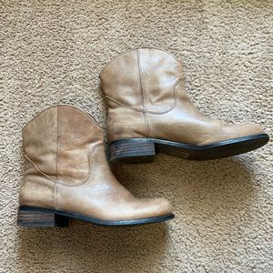 Jessica Simpson western style booties